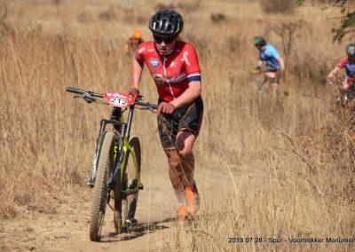 Ian pushing the last lap